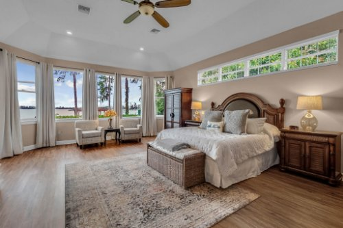 7014-Lake-Willis-Dr--Orlando--FL-32821----20---Master-Bedroom.jpg