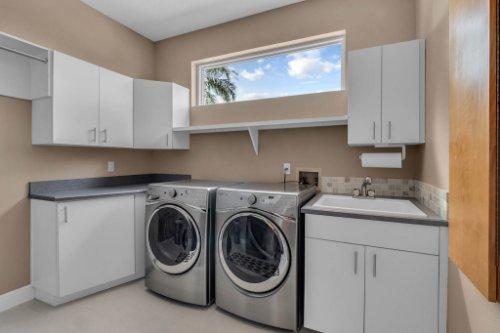 7014-Lake-Willis-Dr--Orlando--FL-32821----31---Laundry.jpg