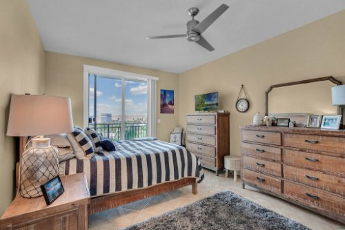 750-N-Tamiami-Trail-Unit-607-Sarasota--FL-34236--13--Bedroom-1---1.jpg