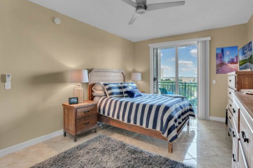 750-N-Tamiami-Trail-Unit-607-Sarasota--FL-34236--14--Bedroom-1---2.jpg