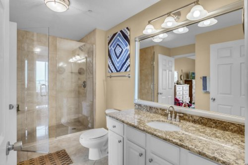 750-N-Tamiami-Trail-Unit-607-Sarasota--FL-34236--16--Bathroom-1---1.jpg