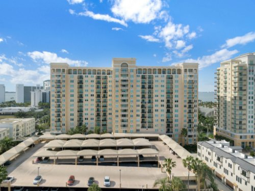 750-N-Tamiami-Trail-Unit-607-Sarasota--FL-34236--30--Parking-Garage.jpg