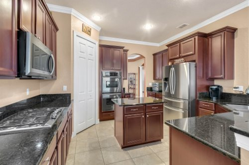 2252-Rickover-Pl--Winter-Garden--FL-34787----08---Kitchen.jpg