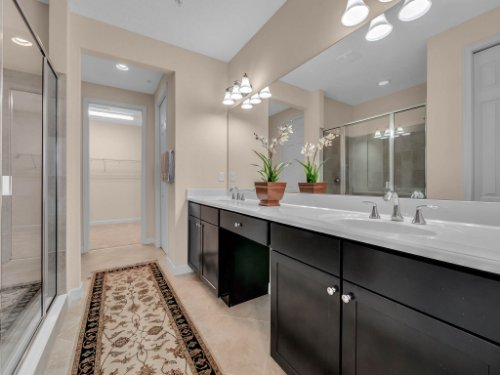 759-Greybull-Run--Lake-Mary--FL-32746----18---Master-Bathroom.jpg