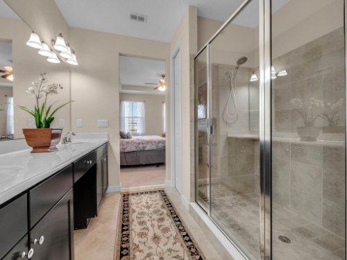 759-Greybull-Run--Lake-Mary--FL-32746----19---Master-Bathroom.jpg