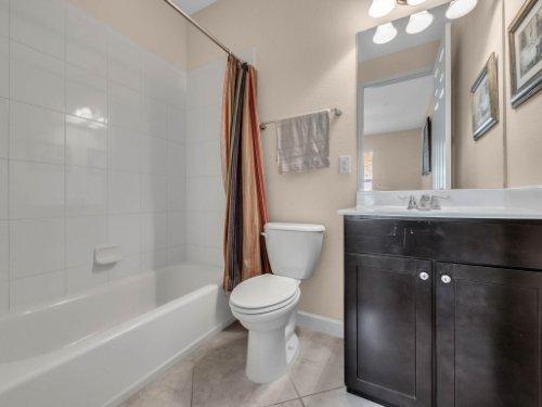759-Greybull-Run--Lake-Mary--FL-32746----25---Bathroom.jpg