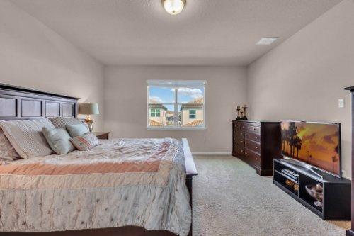 8793-Crescendo-Ave--Windermere--FL-34786---16---Master-Bedroom-Edit.jpg
