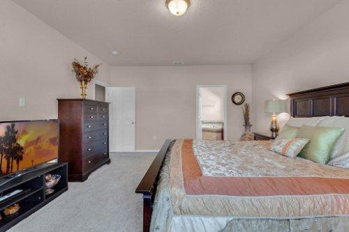 8793-Crescendo-Ave--Windermere--FL-34786---17---Master-Bedroom-Edit.jpg