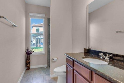 8793-Crescendo-Ave--Windermere--FL-34786---21---Bathroom.jpg