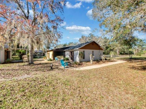 1035-10th-St--Osteen--FL-32764---20---Guest-House.jpg