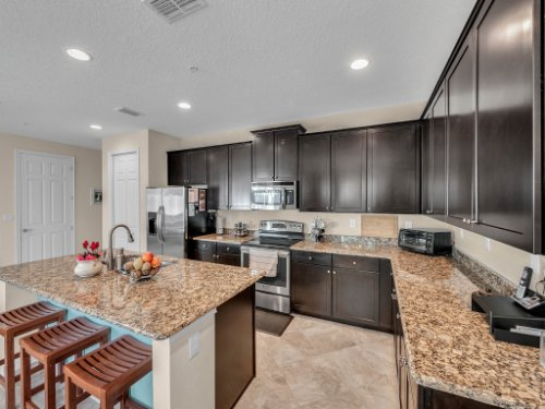 1794-Piedmont-Pl--Lake-Mary--FL-32746----08---Kitchen.jpg