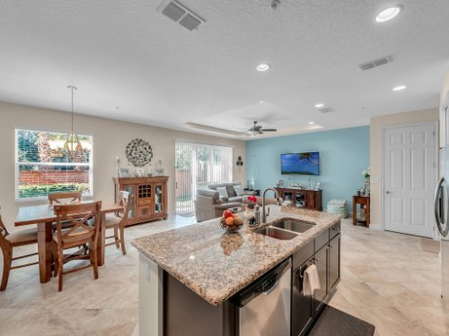 1794-Piedmont-Pl--Lake-Mary--FL-32746----10---Kitchen.jpg