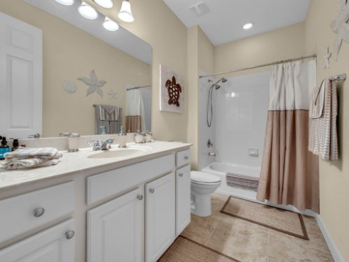 1794-Piedmont-Pl--Lake-Mary--FL-32746----17---Bathroom.jpg