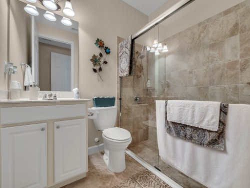 1794-Piedmont-Pl--Lake-Mary--FL-32746----19---Bathroom.jpg