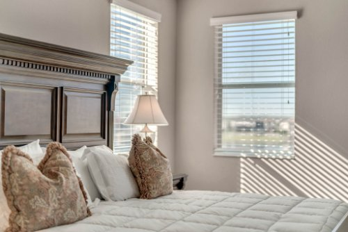 16166-Johns-Lake-Overlook-Dr--Winter-Garden--FL-34787----26---Master-Bedroom.jpg