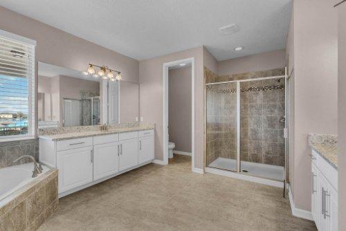 16166-Johns-Lake-Overlook-Dr--Winter-Garden--FL-34787----28---Master-Bathroom.jpg