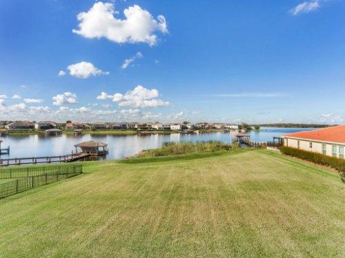 16166-Johns-Lake-Overlook-Dr--Winter-Garden--FL-34787----38---Backyard.jpg