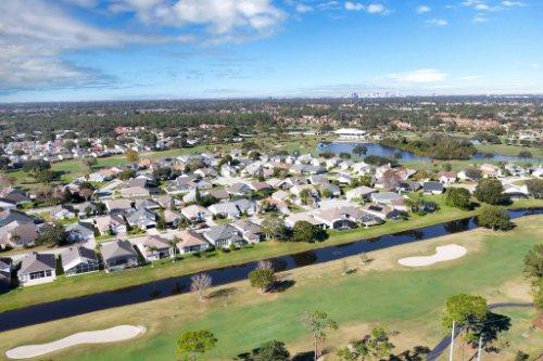3456-Clear-Stream-Dr--Orlando--FL-32822----27.jpg