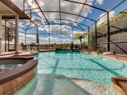 732-Preserve-Terrace--Lake-Mary--FL-32746----04---Pool.jpg