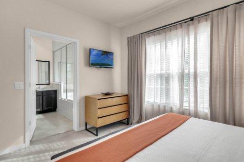 2679-Corvette-Ln--Kissimmee--FL-34746----15---Master-Bedroom.jpg