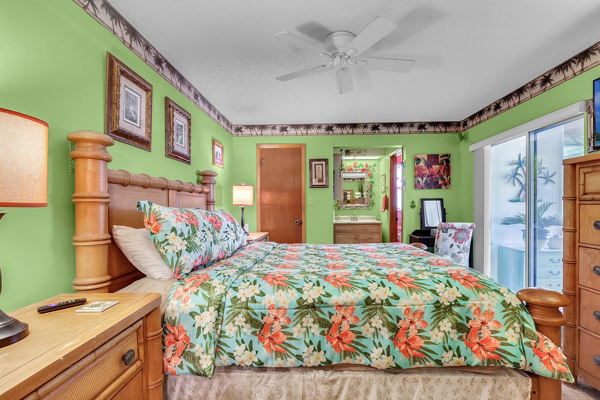 6812-Bonavista-Ct--Winter-Park--FL-32792----12---Master-Bedroom.jpg