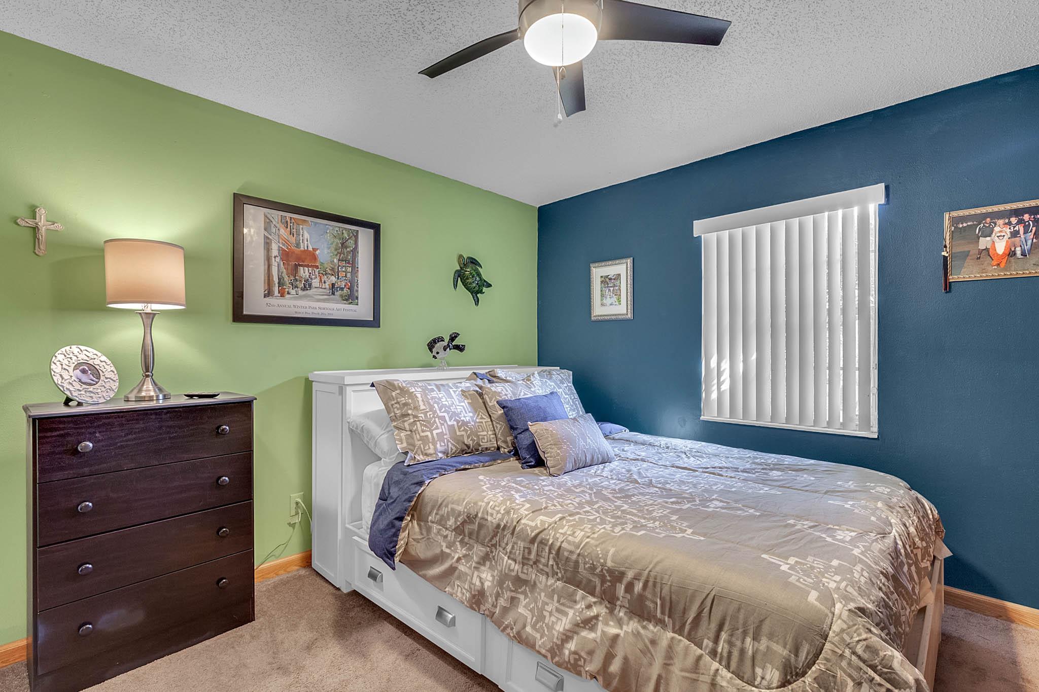 6812-Bonavista-Ct--Winter-Park--FL-32792----15---Bedroom.jpg