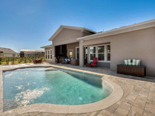 12643-Banting-Terrace--Orlando--FL-32827---04---Pool.jpg