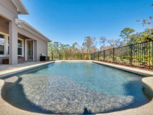 12643-Banting-Terrace--Orlando--FL-32827---06---Pool.jpg
