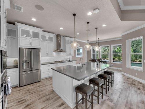 12643-Banting-Terrace--Orlando--FL-32827---19---Kitchen.jpg