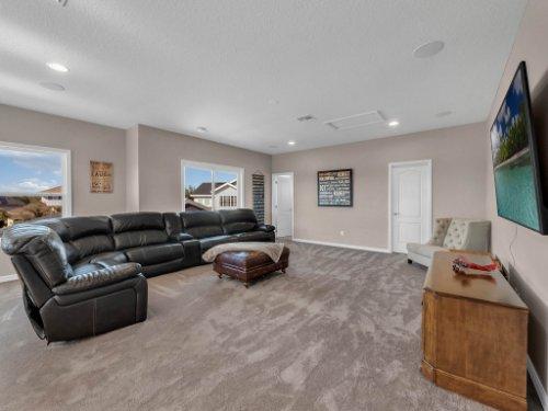 12643-Banting-Terrace--Orlando--FL-32827---25---Loft.jpg