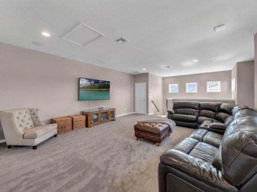 12643-Banting-Terrace--Orlando--FL-32827---27---Loft-copy.jpg