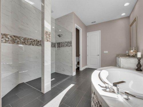 12643-Banting-Terrace--Orlando--FL-32827---34---Master-Bathroom.jpg
