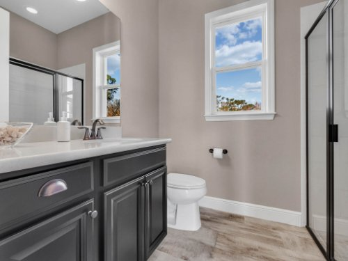 12643-Banting-Terrace--Orlando--FL-32827---41---Bathroom.jpg
