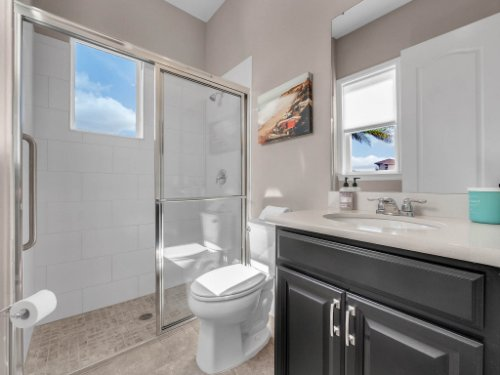 12643-Banting-Terrace--Orlando--FL-32827---45---Bathroom.jpg