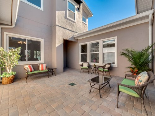 12643-Banting-Terrace--Orlando--FL-32827---46---Patio.jpg