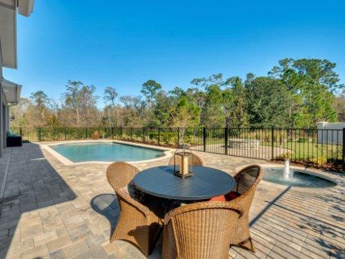 12643-Banting-Terrace--Orlando--FL-32827---50---Lanai.jpg