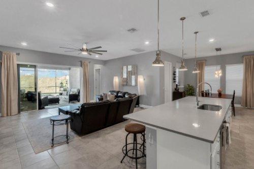 9285-Busaco-Park-Way--Winter-Garden--FL-34787----10---Kitchen.jpg