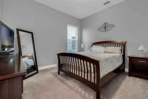 9285-Busaco-Park-Way--Winter-Garden--FL-34787----20---Bedroom.jpg