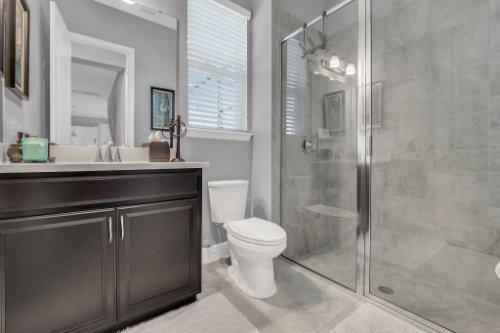 9285-Busaco-Park-Way--Winter-Garden--FL-34787----21---Bathroom.jpg