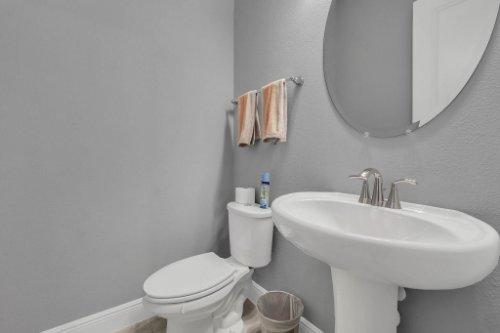 9285-Busaco-Park-Way--Winter-Garden--FL-34787----22---Bathroom.jpg