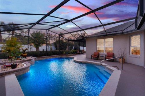 225-Southern-Magnolia-Ln--Sanford--FL-32771----04---Pool-Twilight.jpg