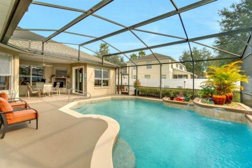 225-Southern-Magnolia-Ln--Sanford--FL-32771----04---Pool.jpg