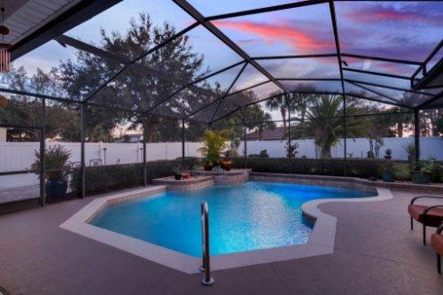 225-Southern-Magnolia-Ln--Sanford--FL-32771----06---Pool-Twilight.jpg