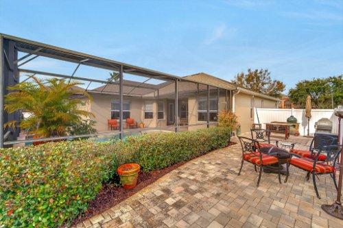 225-Southern-Magnolia-Ln--Sanford--FL-32771----30---Backyard.jpg