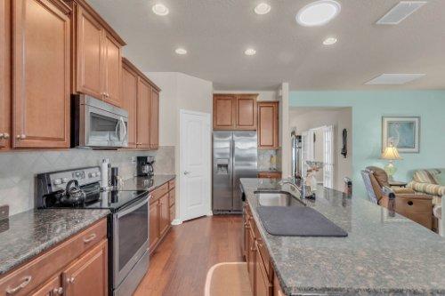 10111-SW-76th-Ln--Ocala--FL-34481----13---Kitchen.jpg