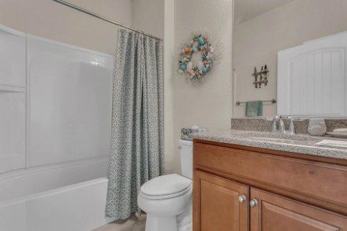 10111-SW-76th-Ln--Ocala--FL-34481----27---Bathroom.jpg