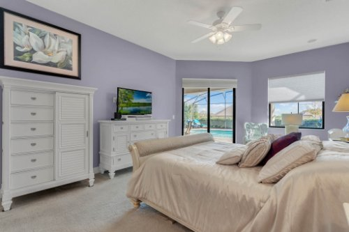 39642-Grove-Heights--Lady-Lake--FL-32159----19---Master-Bedroom.jpg