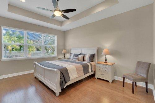 11891-Taranto-Ln--Orlando--FL-32827----20---Master-Bedroom.jpg
