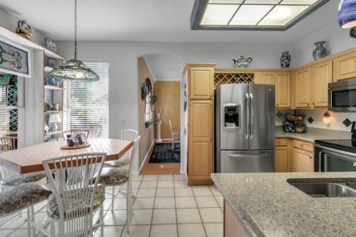 2606-Teeside-Ct--Kissimmee--FL-34746----08---Kitchen.jpg