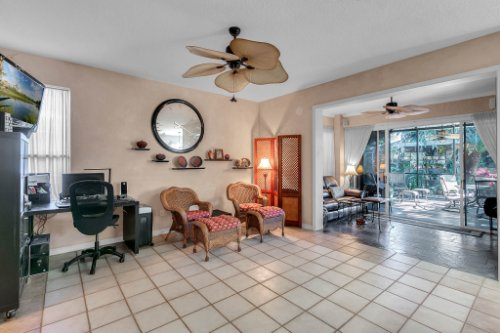 2606-Teeside-Ct--Kissimmee--FL-34746----11---Family-Room.jpg
